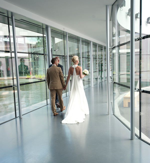Wedding at the Van Abbemuseum. Photo: Fieke van Berkom